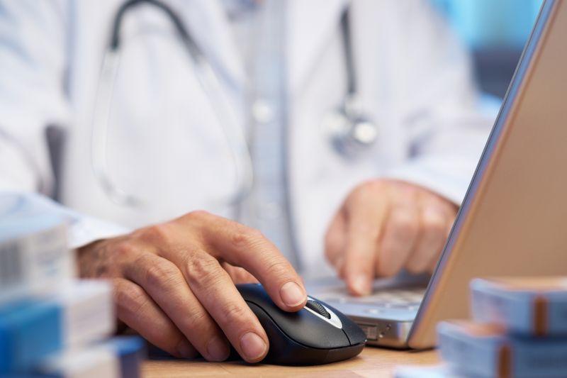 Få snakket med din læge og mail