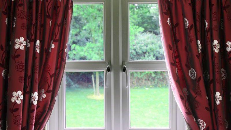 Find nye gardiner hjemme i boligen